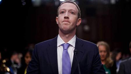 Экс-сотрудница Facebook сообщила правительству США о возможных уголовных преступлениях компании